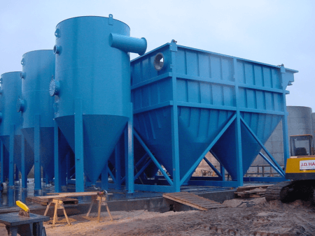 Hydraulic flocculation and TPS settling example in blue