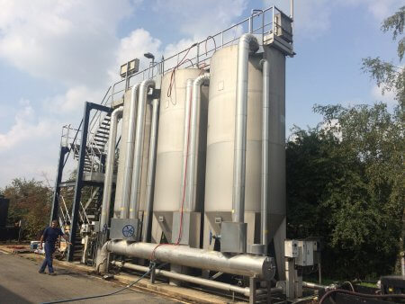 Continuos sand filtration system